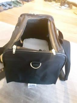 Delta deluxe pet carrier Air travel approved size Medium by