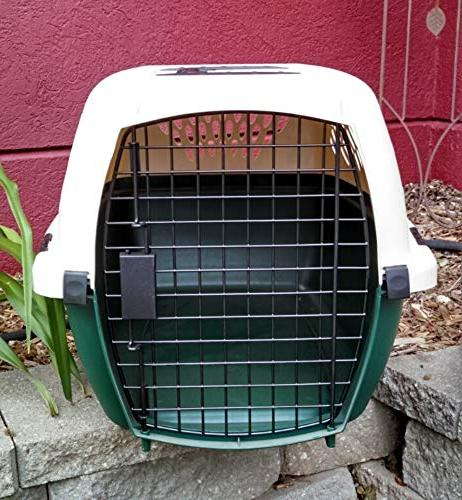 Petmate Outdoor Dog Kennel Ventilation Almond/Green